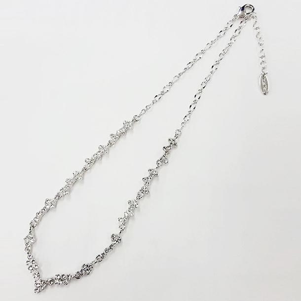 クリスタルガラス スタイリッシュ ネックレス